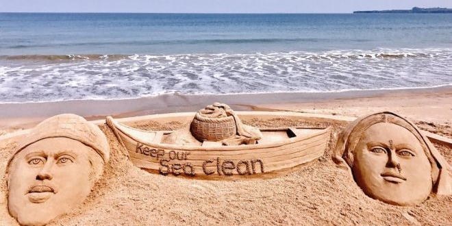 Sand Art Meets Clean India Mission, Promotes The Message of Swachhta In A Creative Way