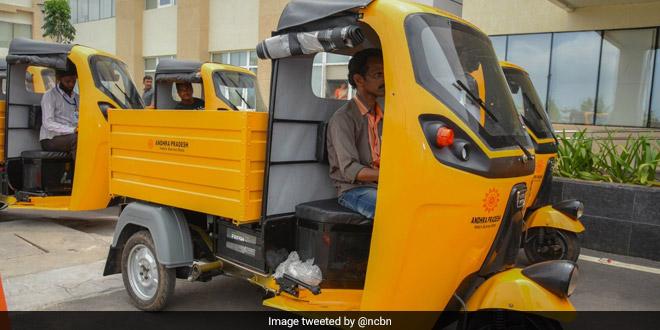 Andhra Pradesh Chief Minister N Chandrababu Naidu Flags Off Smart, Electric Waste Disposal System In Vijayawada