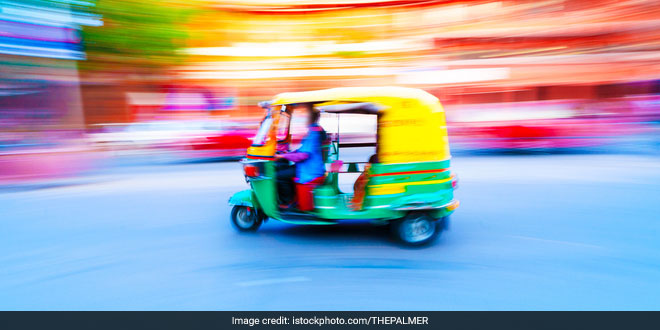 Delhi's Auto Walas Becomes Swachh Messiahs, Spread The Message Of Swachh Bharat Abhiyan
