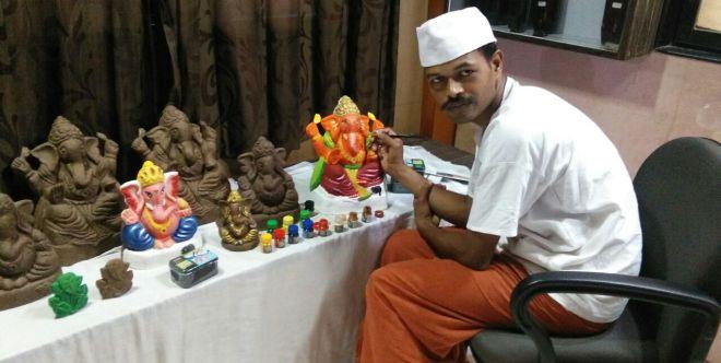 Ganpati Bappa Morya Re! This Ganesh Chaturthi Go Green With Mumbaikar's Eco-Friendly Ganpati Idols Made Of Cow Dung