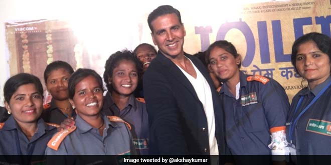 Mumbai Cleanup Marshals Join Toilet- Ek Prem Katha Team To Spread Awareness On The Issue Of Littering