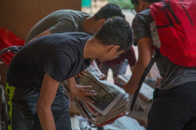 PlasticFreePowai-6-Teens-Are-Saving-Mumbai's-Suburb-From-Plastic-Menace-Here's-How-4