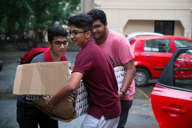 PlasticFreePowai-6-Teens-Are-Saving-Mumbai's-Suburb-From-Plastic-Menace-Here's-How-5