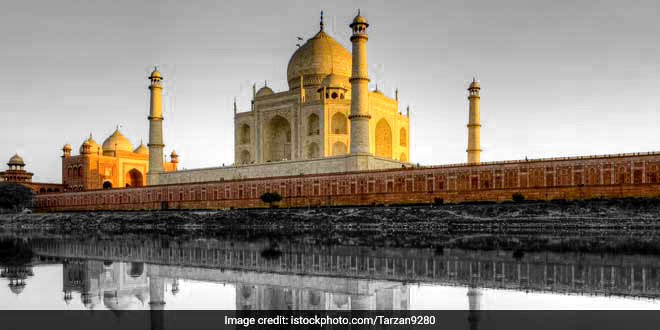 India@70: Shortlisted To Be A Swachh Iconic Place, Here How Taj Mahal Fares So Far