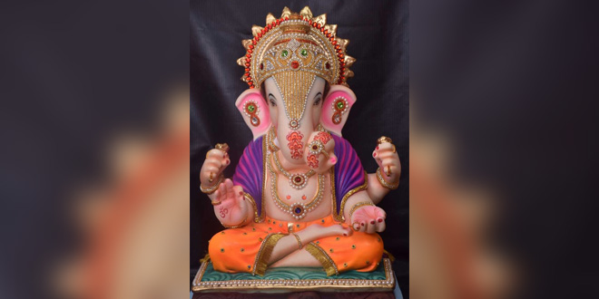 Made From Recycled Paper These Ganesh Idols Are Safe Environmentally To Immerse In Water Bo S