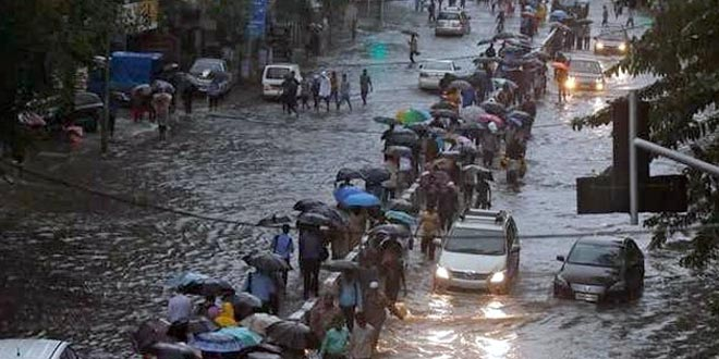 Mumbai Rains: A Grim Reminder, Why Mumbaikars Need To Efficiently Start Managing Their Waste
