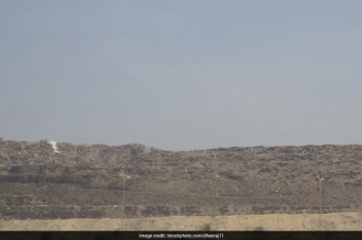 Delhi's 80-Feet Garbage Mountain Collapses: 5 Stark Facts You Should Know About The Ghazipur Landfill