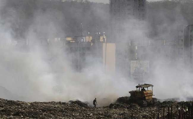 After Delhi's Ghazipur Tragedy, Is 90-Year-Old Mumbai's Deonar Landfill To Face The Same Fate?