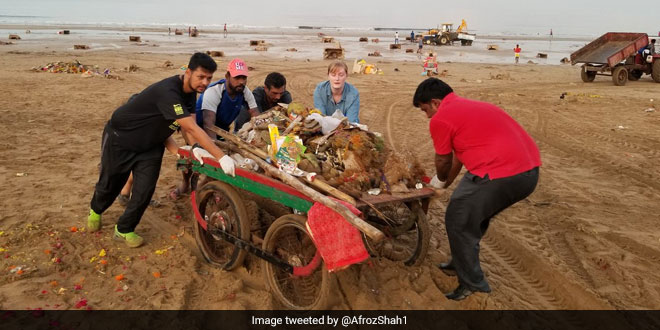 100 Weeks Of Versova Beach Cleanup, Afroz Shah And Team Gear Up To Mark The Landmark Of World's Biggest And Longest Beach Cleanup