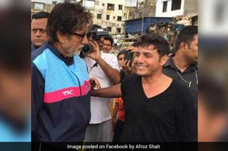 Amitabh-Bachchan-Lauds-Afroz-Shah-The-Man-Behind-World's-Biggest-Beach-Cleanup