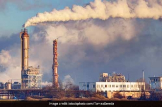 Air and Water pollution: Over 50,000 industries in Delhi's residential areas are functioning without license, points out a report