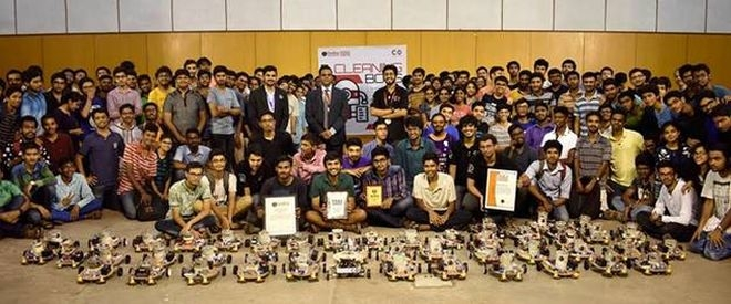 Robots On Swachh Bharat Mission: Young Innovators From IIT Madras Create 45 Robots That Can Clean An Area In 15 Minutes