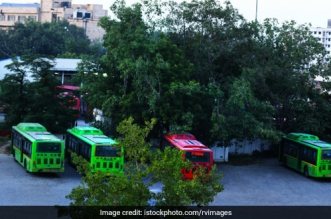 Only 32 Buses Added Since 2012, Here's The Current State Of Public Transport In Delhi