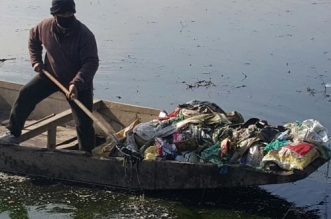 Srinagar will start converting plastic waste to fuel