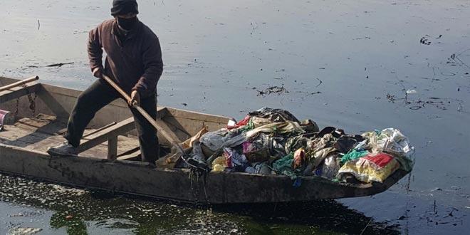 Srinagar will start converting plastic waste to fuel
