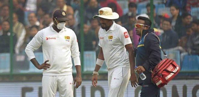 On Day 4 Of India vs Sri Lanka Test Match, Suranga Lakmal And Mohammed Shami Vomit Due To Delhi's Notorious Smog