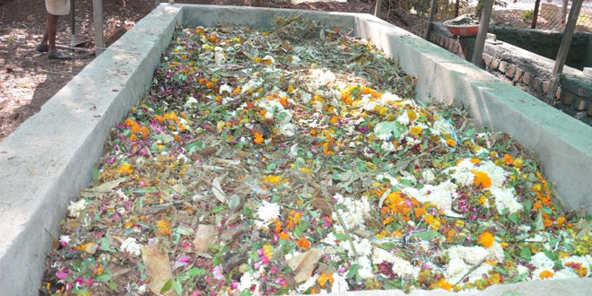 Temple Waste To Organic Fertiliser: This Officer In Neemuch, Madhya Pradesh Proves That Cleanliness Is Next To Godliness