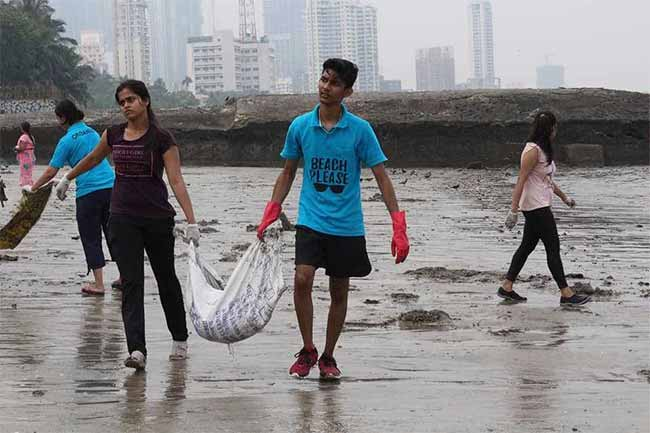 15 weeks, 55,000 Kilos Of Trash, Beach Please Is Slaying In Mumbai