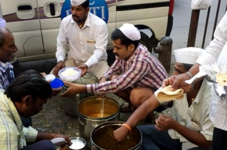 Curbing Food Wastage Via Roti Bank Mumbai's iDabbawalasi Save Rs 40 Lakh Worth Of Food In Last Two Years