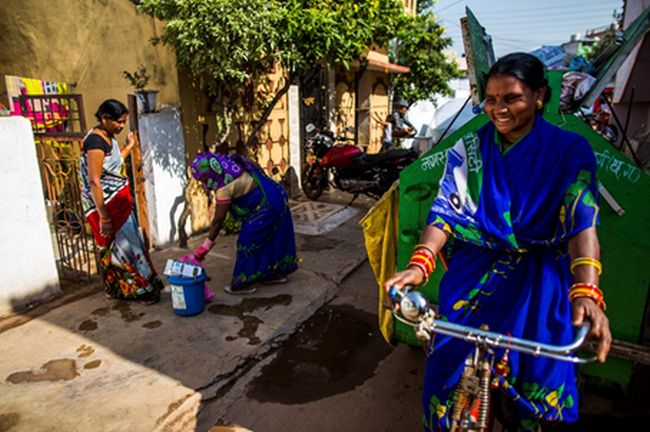 #WomenForSwachhIndia: Story Of Two Friends From Durg District Of Chhattisgarh Who Are Helping India Become Waste-Free