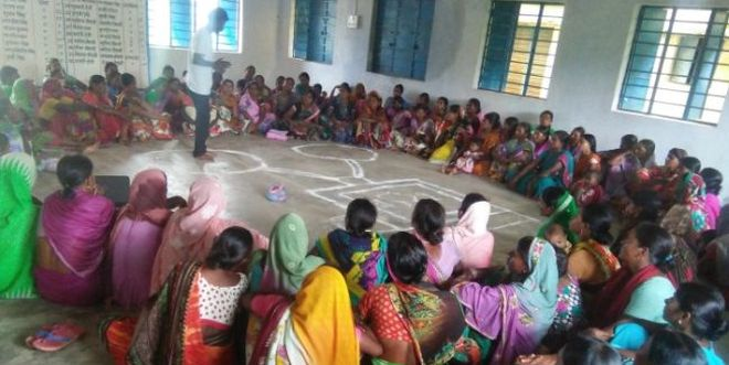 Women's-Collective-Provides-Izzat-Ghar