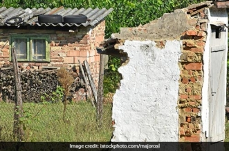 No Toilet, No Salary Government Employees In This Jammu And Kashmir District To Bear The Brunt For No Toilet At Home
