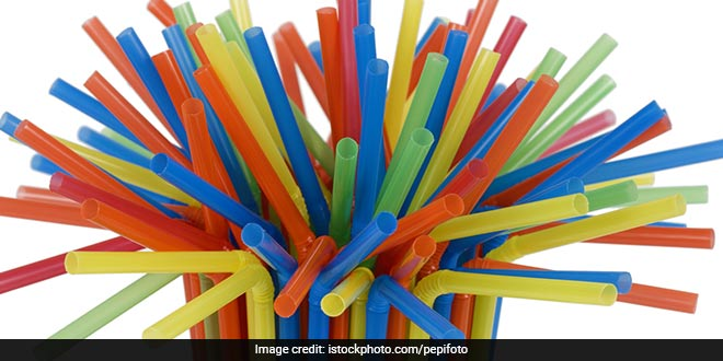 Having Replaced Close To 5 Lakh Single Use Plastic Straws, This Teenager From Gurgaon Is Slaying The Battle Against Plastic