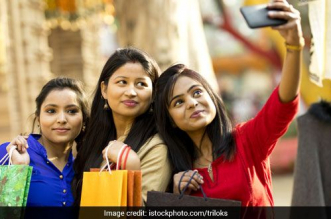 Shun Plastic, Click A Selfie And Earn Rewards: Jamshedpur's New Move To Curb The Use Of Plastic Bags