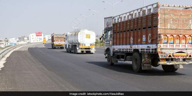 One Lakh Kilometres Of Roads In India Are Being Made From