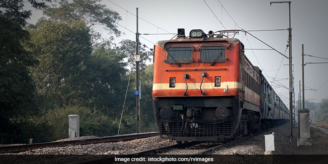 On World Environment Day, Railways Goes Green: Now Rajdhani, Shatabdi Trains To Serve Food On Eco-friendly Disposable Plates