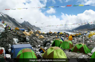 Garbage-Problems-Worsen-On-Mount-Everest-As-Climbers-Increase-On-The-High-Altitude