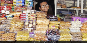 Mumbaikars To Pay ₹5000 For Violating The Plastic Ban, BMC's Law Panel Rejects Civic Body's Demand To Reduce Fine To ₹200