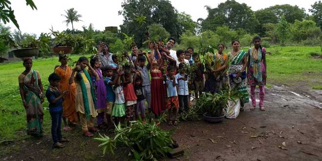 Tree Plantation: 20,000 trees planted in villages of Maharashtra by volunteers of 'My Green Society'