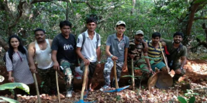 Giving A New Life To Dead Trees, Youth In Maharashtra's Famous Sahyadri Mountains Are On A Mission To Enrich A Sacred Groove