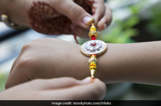 Raksha Bandhan 2018: Embrace The Swachh Spirit And Celebrate Rakhi In An Eco-Friendly Way