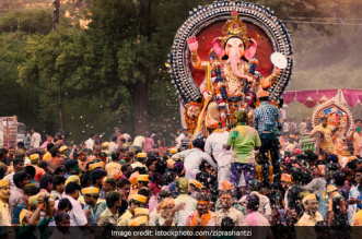 Ganesh Chaturthi Pune residents immersed 33,730 idols into artificial tanks instead of the Mula-Mutha river