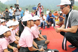 Kiren Rijiju Launches Clean Up Drive At Arunachal Pradesh Railway Station