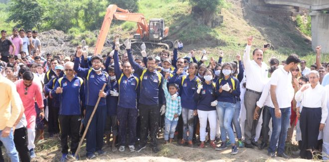 A Look Back At How India Celebrated The Mega 15-Day 'Swachhata Hi Seva' Campaign