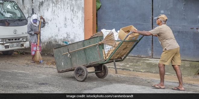 Waste Management: Chandigarh Residents Relieved As Waste Collectors Resume Door-To-Door Collection