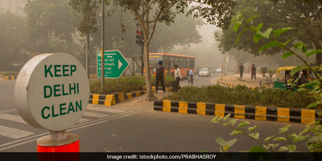 Air Pollution: Doctors Call For The Postponement Of Delhi Marathon As Pollution Surges