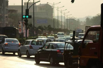 Gurugram Students Develop An 'Intelligent Traffic Light' System To Reduce Air Pollution