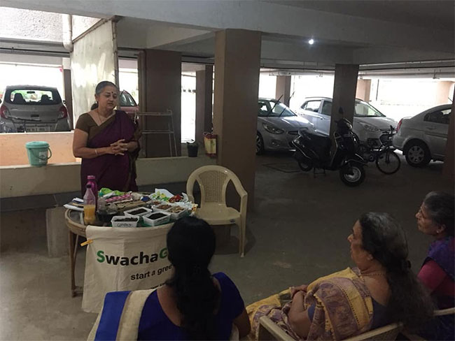 Bengaluru Woman Gives Green Spin To Dasara Golu - Festive Display Of Dolls, Exhibits 7 Steps To 'SwachaGraha'