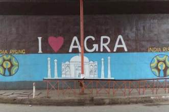 On A Mission To Clean Agra's Roads, Here's What Inspired Four Friends To Get Started
