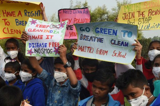 Fight Against Air Pollution: Delhi's School Students To Be Encouraged To Celebrate Firecracker Free Diwali