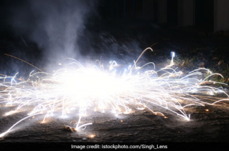 Fireworks Manufacturers Seek Guidelines On Green Crackers