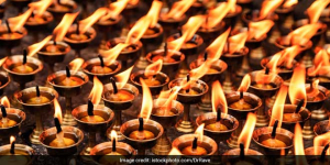 Pollution Free Diwali: Ditch Regular Earthen Lamps And Switch To Eco-friendly Diyas