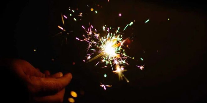 Air Pollution: Supreme Court Ban On Crackers On Diwali In Delhi-NCR Not Very Effective