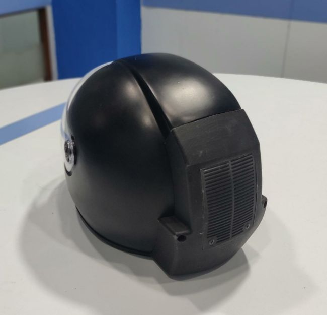 Delhi Based Start-up Has Developed World's First Helmet With Air Purifier To Combat Pollution