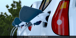 One-Fourth Of The Vehicles To Be Electric In Delhi By 2023, Government Sets Target To Combat Air Pollution