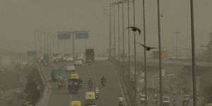 Air Pollution Crisis: As Air Quality Dithers Between 'Poor' And 'Very Poor', NGT Slaps Fine On Delhi Government